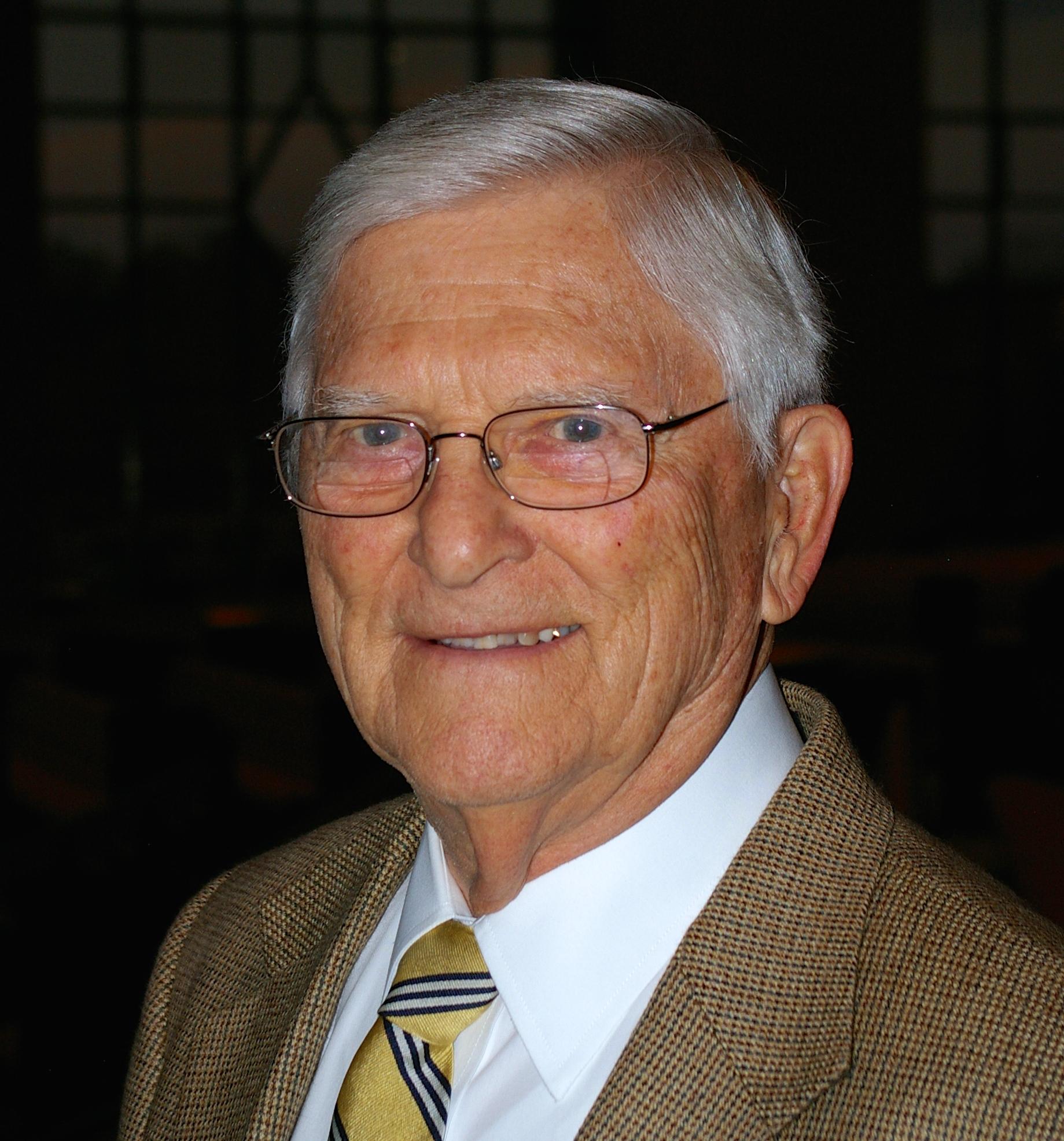 Bill Harding III honored as  2014 CIU Alumnus of the Year