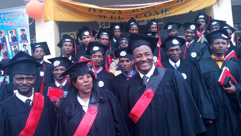 32 Graduate from The Harding Bible School